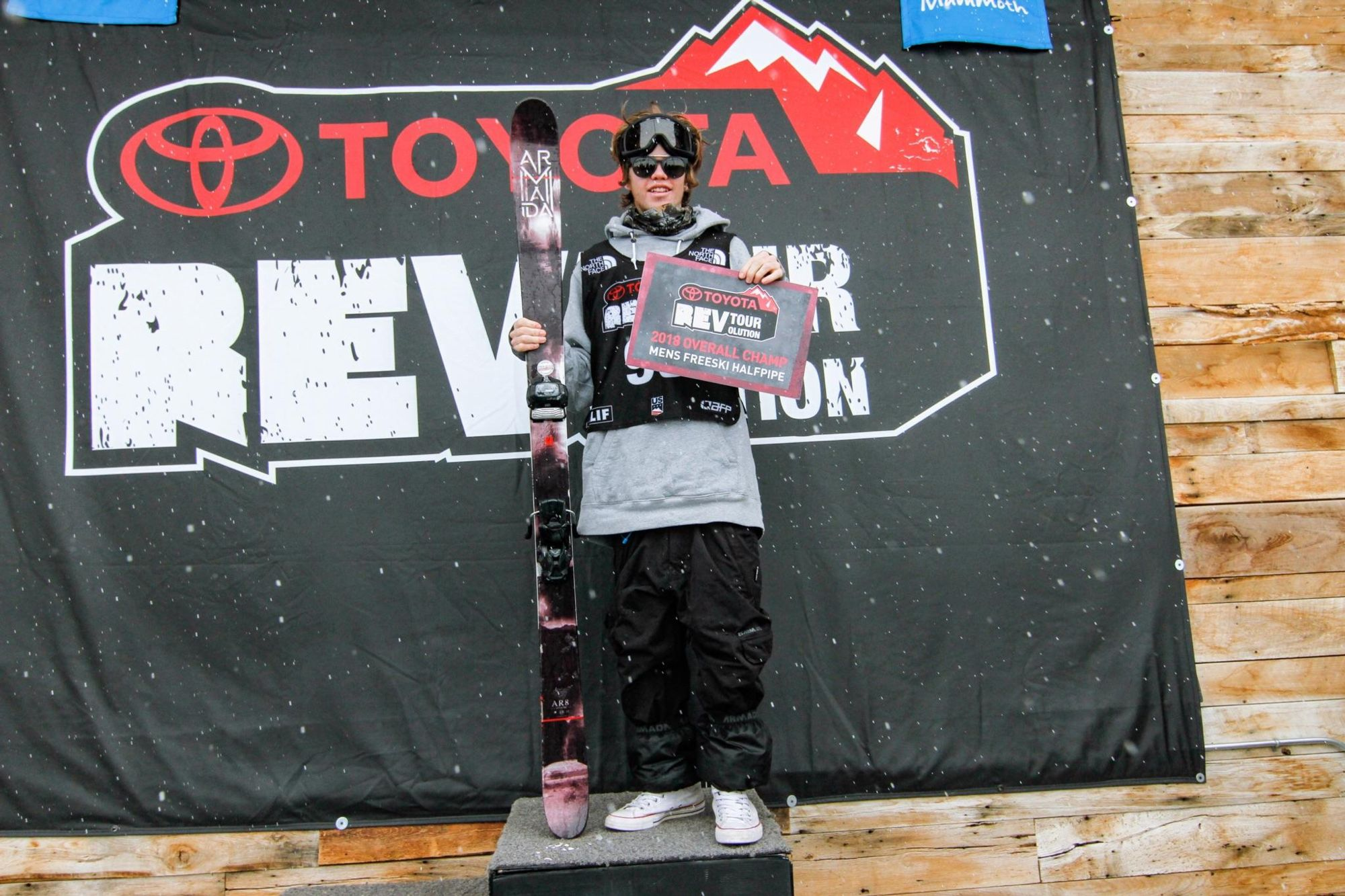 Cassidy Jarrell wins US Rev Tour Men's Halfpipe